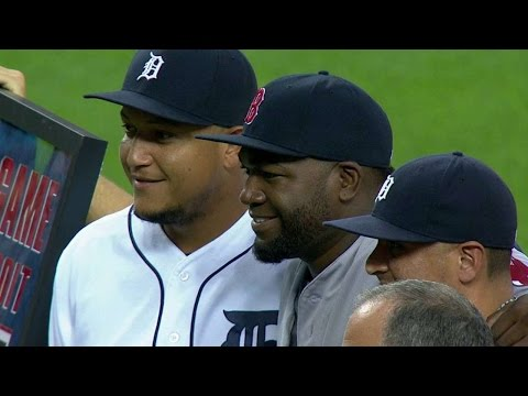 BOS@DET: Tigers honor Big Papi before the game