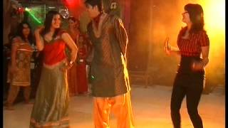Best sangeet dance performance by family & friends on bollywood songs