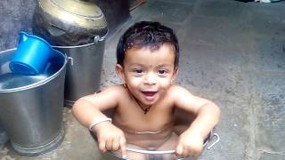 viraj patil..bucket bath..is he so cute knw???