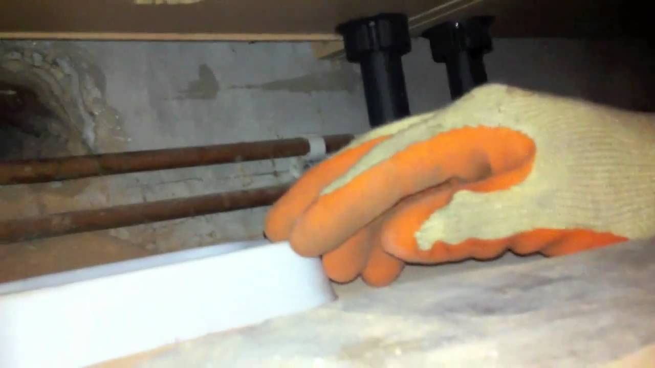 Rats getting into Kitchen through Drain system - YouTube