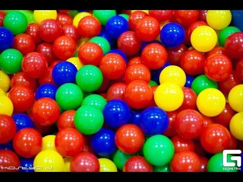КИНДЕР сюрприз видео для детей: Kinder SURPRISE идет на фитнес. Игры для детей с игрушками МУЛЬТИКИ