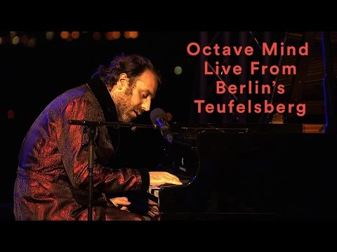 Chilly Gonzales & Boys Noize pres. Octave...