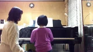 秋田県にかほ市・秋田市田口順子ピアノ教室 Nちゃんは音階が得意で、どんどん色々な調の音階を弾けるようになっています。今回は、少し難しい...