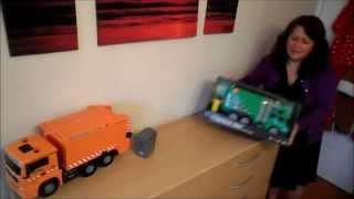 THE OLD ORANGE GERMAN DICKIE TOY RECYCLING TRUCK Vs THE CURRENT CHINA MADE GREEN VERSION
