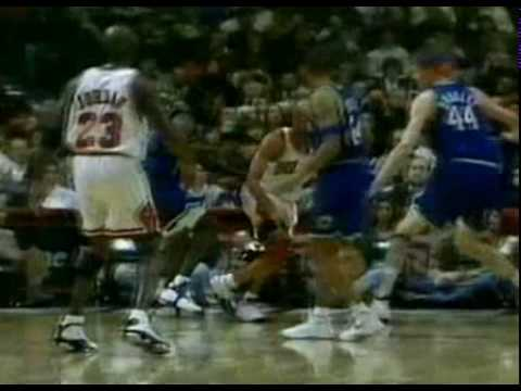 Ron Harper Attempts Poster on Shawn Bradley