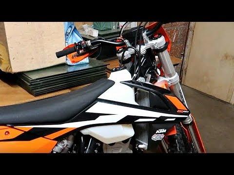J'offre à ABDEL ma 250 KTM ENDURO pour son ANNIVERSAIRE !!!!