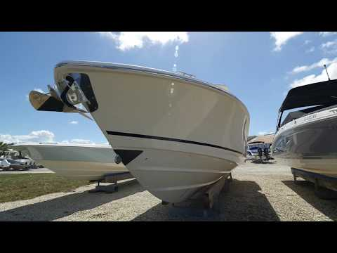 2018 Boston Whaler 33 Outrage Boat For Sale at MarineMax Fort Myers
