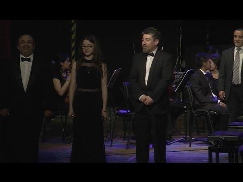 Orq Sinfónica UMAG - Concierto para 3 Pianos