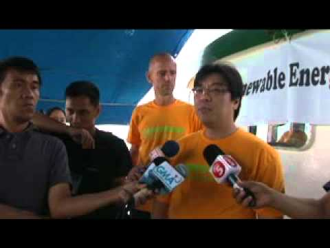 Rainbow Warrior arrives in Manila to mark 10 years of Greenpeace in Southeast Asia