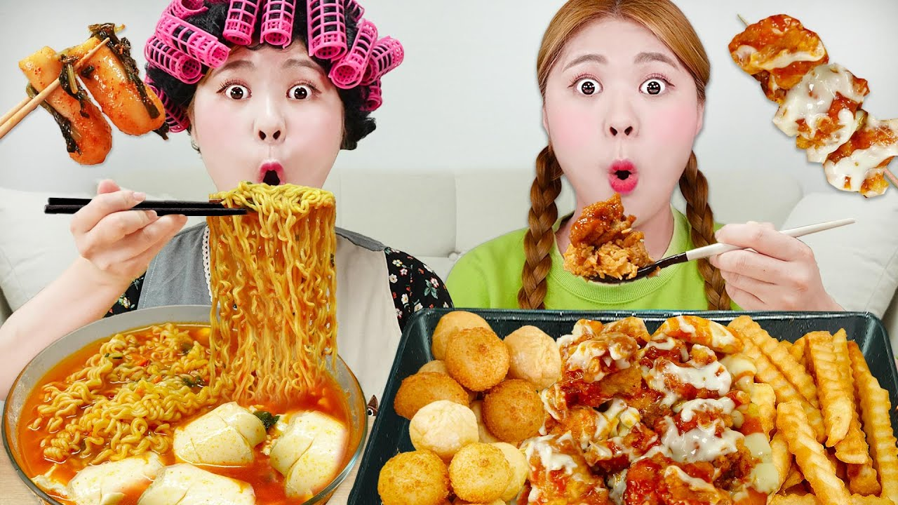 Download Mukbang Spicy Fried Chicken and Noodles Eating! Radish Kimchi REAL SOUND by HIU 하이유