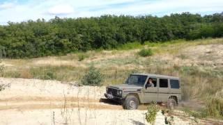 G Mercedes élményajándék terepjáró túra: nyitott diffikkel a homokban