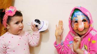 Celina and her strange nanny - سيلينا وحسونة مع المربية