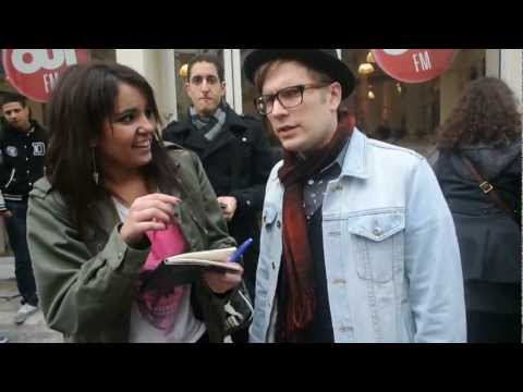 Patrick Stump forget his own song ~