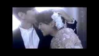 Gambar cover 浜崎あゆみ  The GIFT(ayumi hamasaki   The GIFT feat  JJ Lin)【MV】