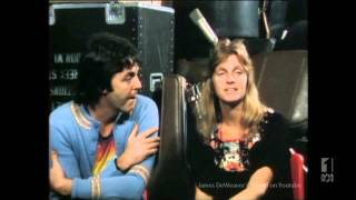"Paul & Linda McCartney '77 ""We're Pregnant"" Australian Tv Interview w/ Molly Meldrum"