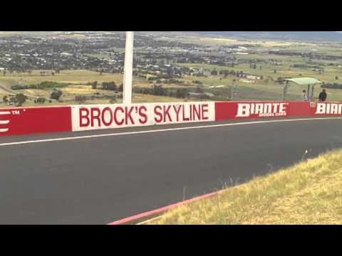 2011 Bathurst 12 Hour At Brocks Skyline