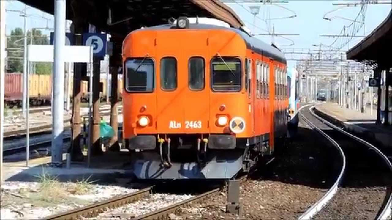 Treni sulla reggio emilia ciano d 39 enza youtube - Ricci mobili ciano d enza ...