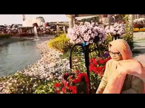 Beautiful Flower Garden Water Fountain In Dubai