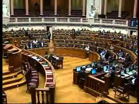 O PSD e o CDS-PP, partidos freguicidas