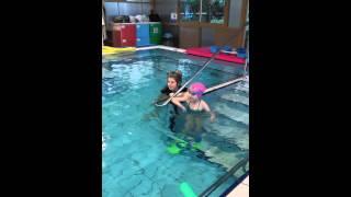 второй  урок плавания у хорошего тренера