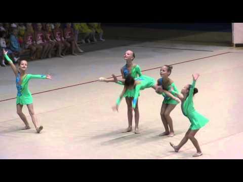 30-летие художественной гимнастики в г.Нарва - Скачет по полям