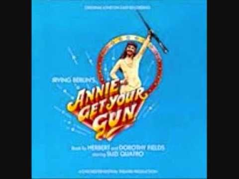 Suzi Quatro - Annie Get Your Gun - I Got the Sun in the Morning
