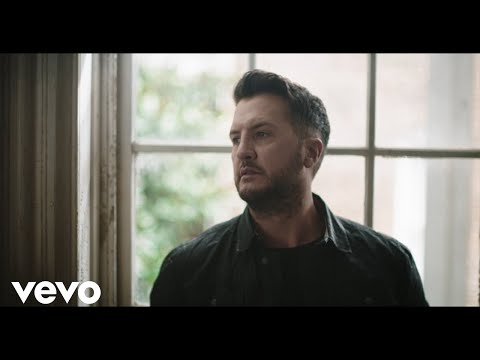 Luke Bryan - Build Me A Daddy (Official Music Video)