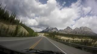 とっても気持ちがいいです。数時間のドライブでも景色が素敵過ぎて疲れ...