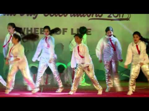 Duniya Ka Nara song choreography || MNR School Annual Day, 2017
