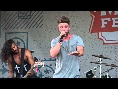 """Chris Lane """"Her Own Kind of Beautiful"""" 6-13-15"""