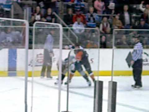 Wenatchee Wild v. Fairbanks Icedogs Fight