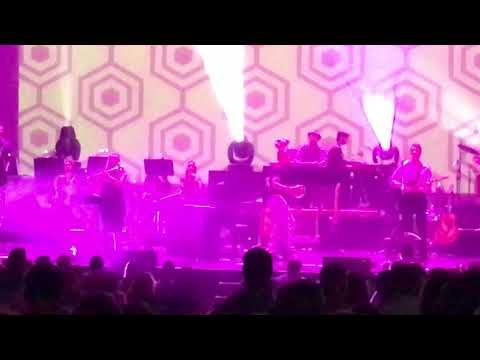 Belle & Sebastian - I Can See Your Future (LIVE @ Chicago Theatre, 8/16/2017)