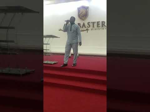 Carl Clottey Singing Apostolic Hymns | Ghana Music