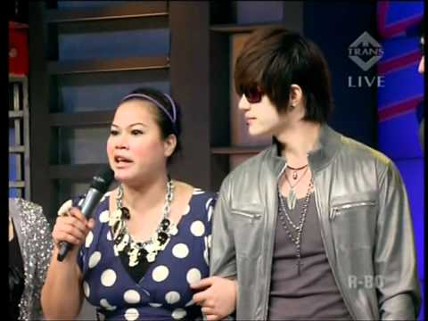 Hitz - Yes Yes Yes,Live Performed di Derings (19/10) Courtesy TransTV