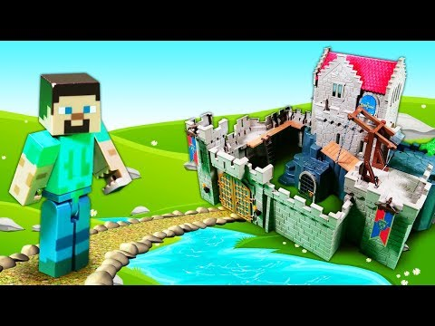 Майнкрафт приключения - Стив и Даниил в замке. Экскурсия с ловушкой! Видео для мальчиков