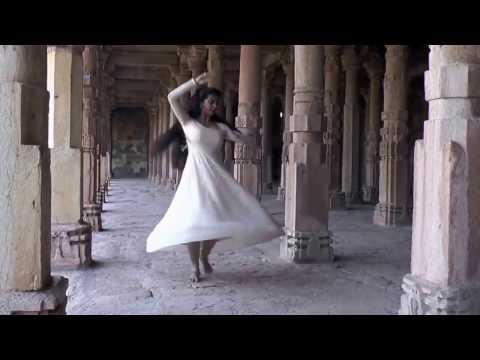 How to Wear a Bharatanatyam Dance Dress: 12 Steps (with