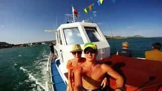 Рыбалка на море Крым Коктебель у Золотых Ворот (без комментариев)