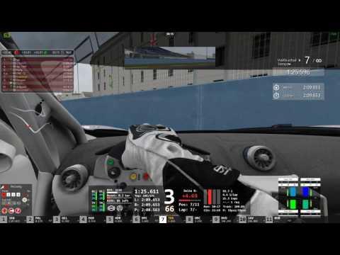 T09 C2 Valencia - McLaren 650