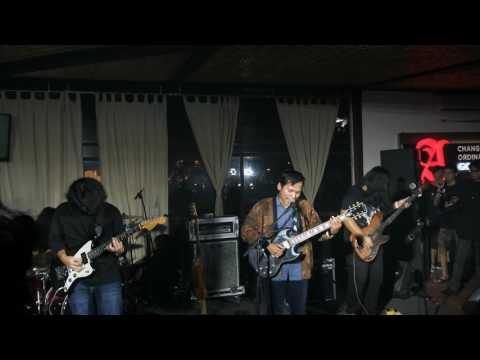 Sigmun - Ozymandias [4K - Live in Kopi Tan Jakarta]