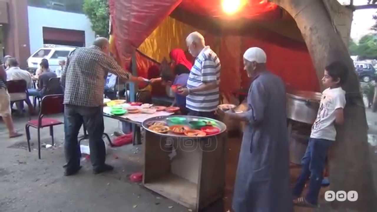 رصد | شاهد شوارع القاهرة وموائد الرحمن في شهر رمضان المبارك