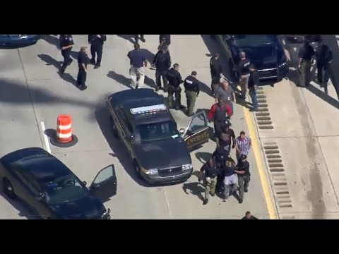 Detroit Police Chase,police chase Police shoots bank robbery suspect
