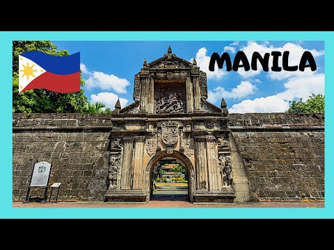 Walking on the walls of historic Fort Santiago, MANILA (Philippines)