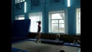 Ванесса 6 лет,прыжки на батуте 1 разряд