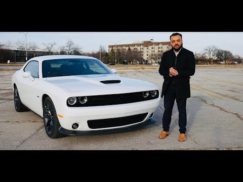 Car Review | 2019 Dodge Challenger RT 5.7L V8 - Is It worth getting one?
