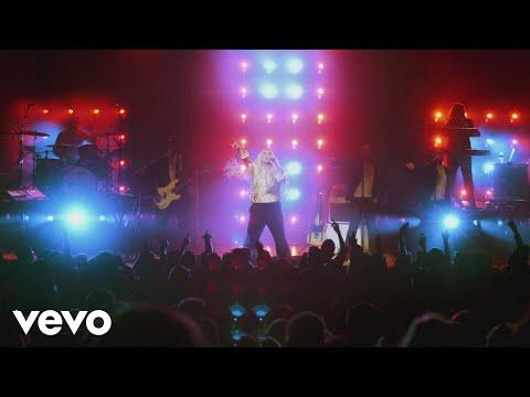 Kesha - We R Who We R (Live from Honda...