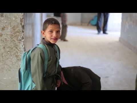 Cerca de 104 milhões de crianças estão fora da escola devido a conflitos e desastres
