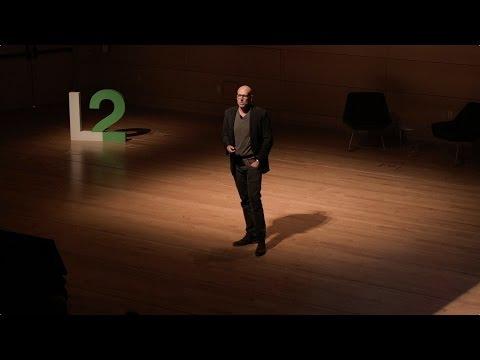 Professor Scott Galloway: How to Be a Winning Brand in 2017