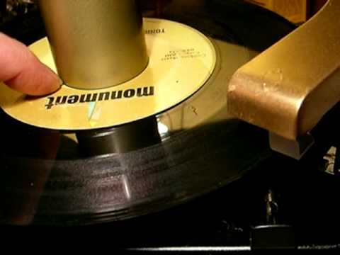 RCA Victor RP-168 Record Changer 1949 1st edition 45 RPM Player