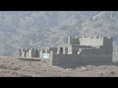 Pakistan building massive fence on Afghanistan border