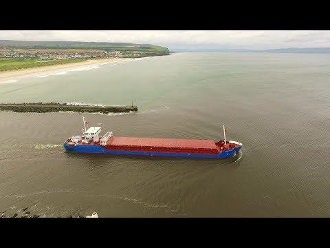 DJI Phantom 3 Advanced - 18mph Wind Fight To Cargo Ship Fehn Castle At Bar Mouth
